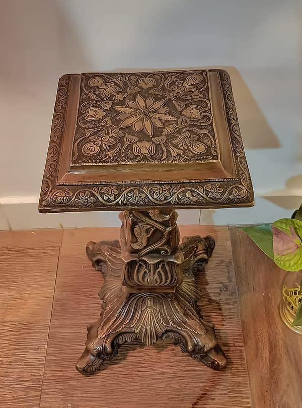brass corner jardin table1
