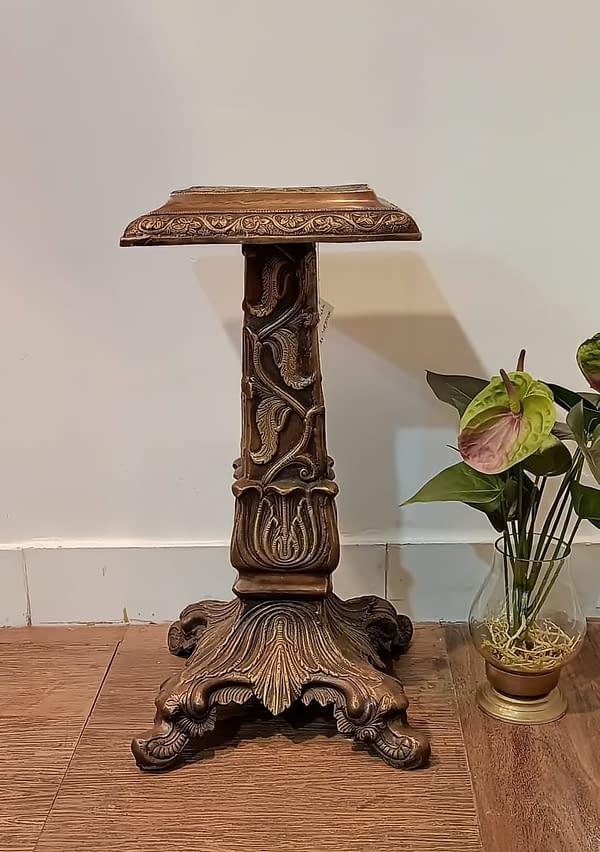 brass corner jardin table4