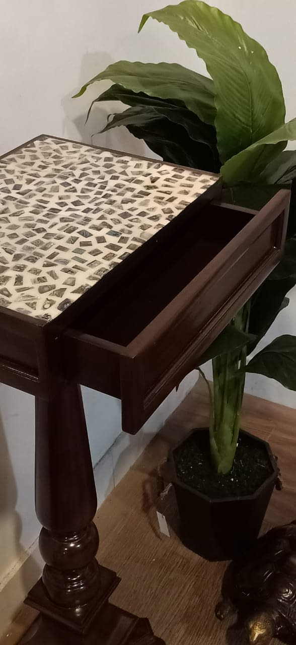 Jardin Tall Side Table13