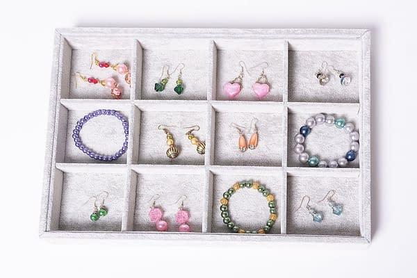 jewellery sorting